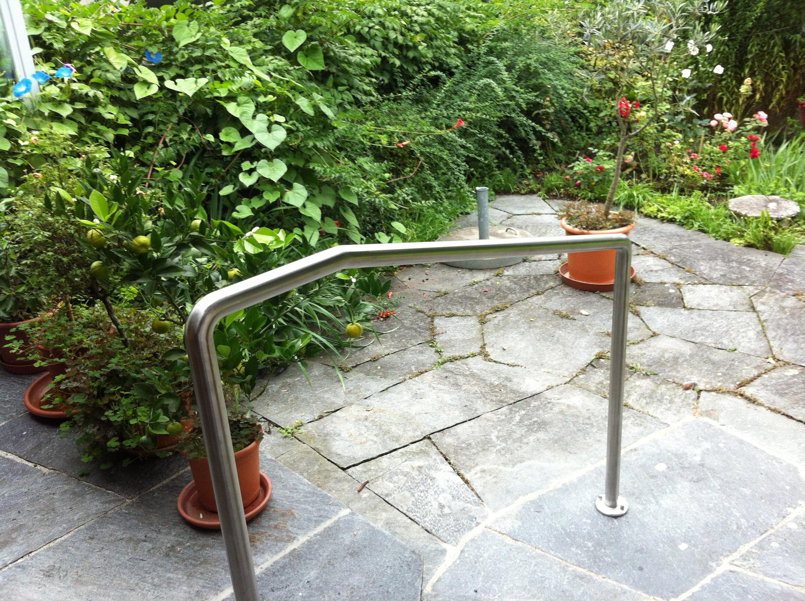 Umbau handlauf garten plamenig gu for Garten umbau