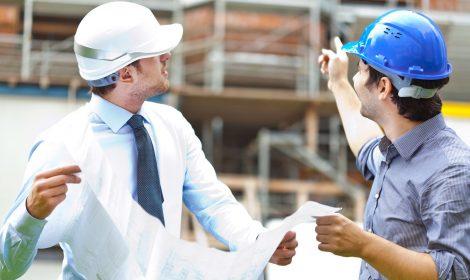 Bauleiter während der Bauleitung